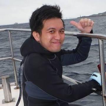 Lewis, 33, Macau, Macau