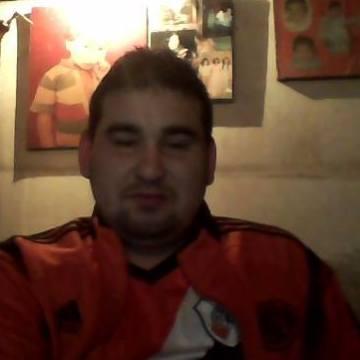 Roberto Cabaña, 29, Moreno, Argentina