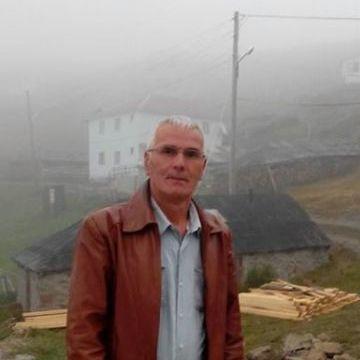 Nursal Ipek, 58, Istanbul, Turkey