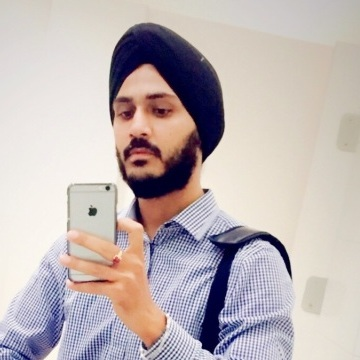 Raman, 27, Dubai, United Arab Emirates