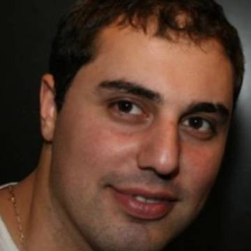 Artak Nahapetyan, 34, Los Angeles, United States