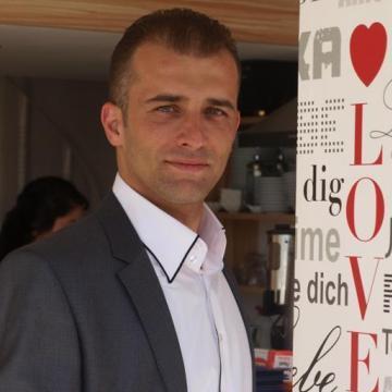 Sinan, 35, Istanbul, Turkey