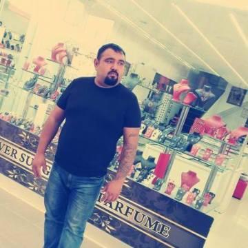 Güney Doğan, 35, Antalya, Turkey