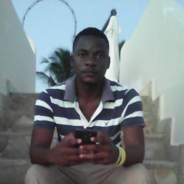 earthman, 28, Zanzibar, Tanzania