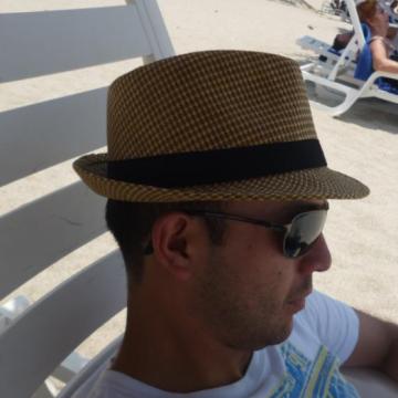 Jorge Mp, 33, Bogota, Colombia