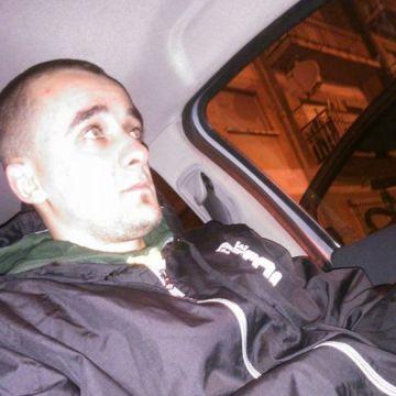 Alex Luca, 28, Zaragoza, Spain
