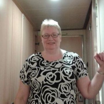 Trish Richards, 52, Halifax, United Kingdom