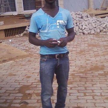 arnaud nicolas, 27, Yaounde, Cameroon