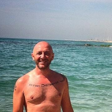 Leonardo Paganelli, 35, Barcelona, Spain