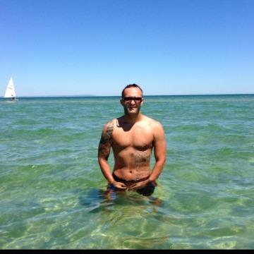 Dejan, 38, Melbourne, Australia