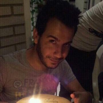 Santiago Prieto, 34, Zaragoza, Spain