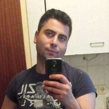 mario, 27, Dogliani, Italy