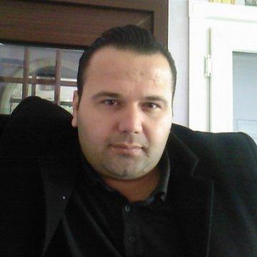 Hasan Ünal, 41, Istanbul, Turkey