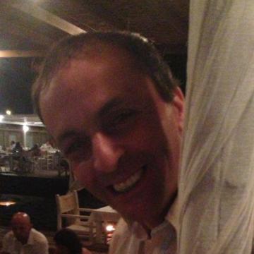 Ary Rubin, 44, Rome, Italy