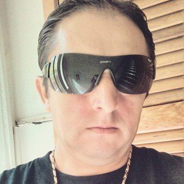 Helio Kaippersaragoso, 44, Porto Alegre, Brazil