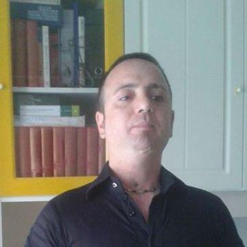 Salvio Salzano, 39, Napoli, Italy