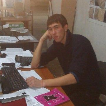 АЗАМАТ, 25, Engels, Russia