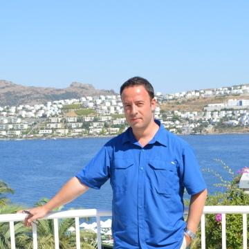Ertan, 42, Istanbul, Turkey