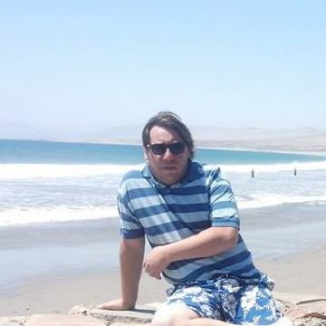 Cristian Medina, 40, Santiago, Chile