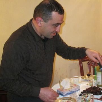 Artak Makyan, 37, Voronezh, Russia