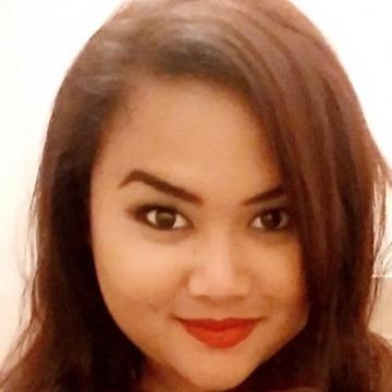 Ratih Mayangsari, 26, Jakarta, Indonesia