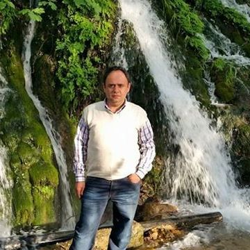 Ibrahim Özmen, 36, Hatay, Turkey
