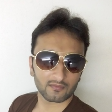 Aalamgir Khan, 32, Dubai, United Arab Emirates