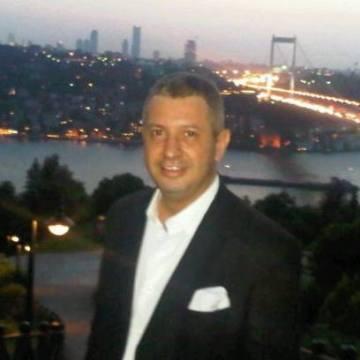 Umit Kurtar, 46, Istanbul, Turkey