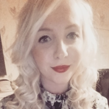 Samantha, 23, Barnsley, United Kingdom