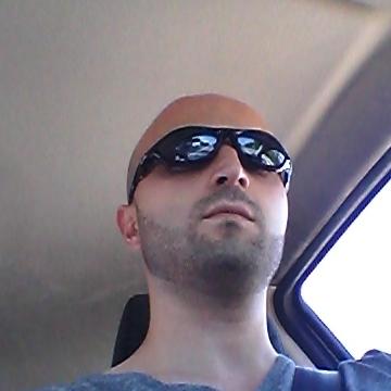 Giovanni Coruzzi, 33, Parma, Italy