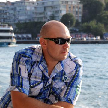 Vlad Lei, 37, Toronto, Canada