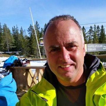 Roger Lundberg, 52, Vasteras, Sweden