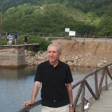 naci, 50, Istanbul, Turkey