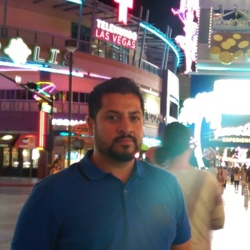 Yusuf, 40, Dubai, United Arab Emirates