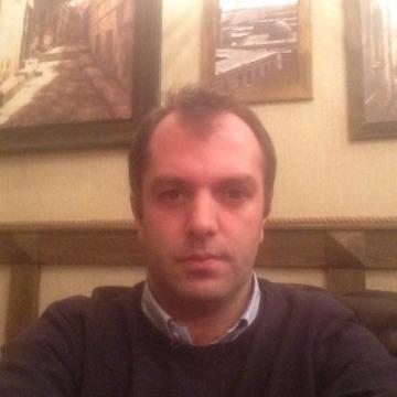 Bugatti, 39, Baku, Azerbaijan
