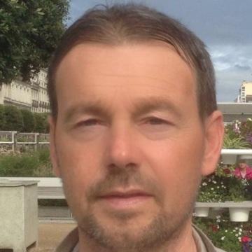 Stefano, 45, Bari, Italy