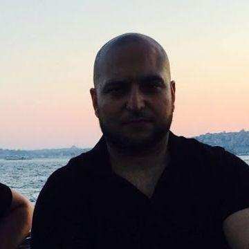 Orkun Altıer, 32, Istanbul, Turkey