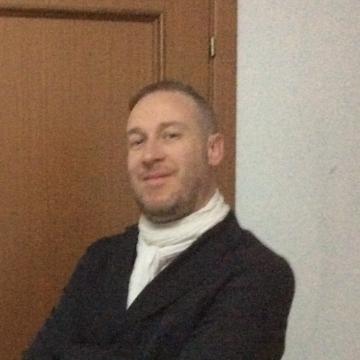Emanuele Brontesi, 38, Brescia, Italy