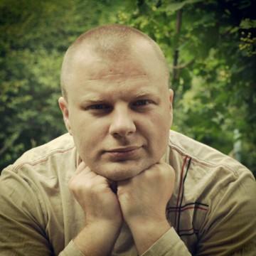 Oleg Kostyukevich, 39, Rovno, Ukraine