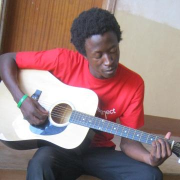 fiddy chris, 26, Kampala, Uganda