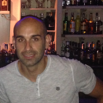 Alberto Gradaille Aizpurua, 35, Bilbao, Spain