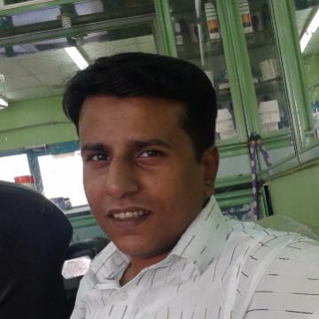 Siraj Siddiqi, 39, Jeddah, Saudi Arabia