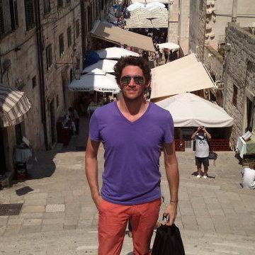 Antoine, 34, Paris, France