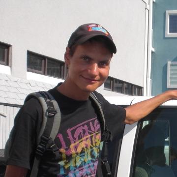 Mikhail G. Anisimov, 30, Gus-Hrustalnyi, Russia