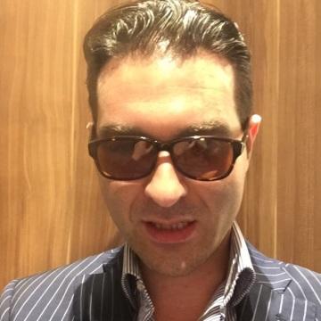 Alfredo Schiavo, 30, Agropoli, Italy