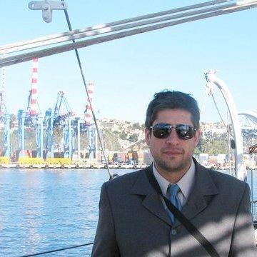 Gonzalo Brusco, 42, Santiago, Chile