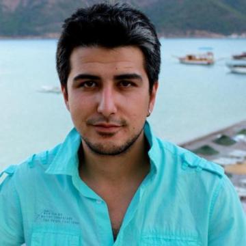 Tahir Koldemir, 29, Istanbul, Turkey
