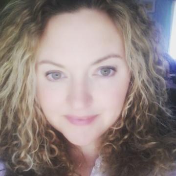 Angela Alexander, 38, Orlando, United States