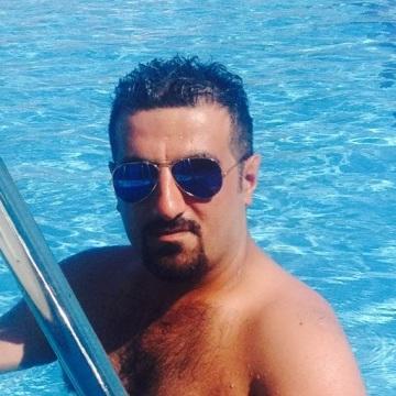 Ilyas, 37, Istanbul, Turkey