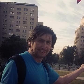 Leonardo Gonzalez T, 43, Santiago, Chile